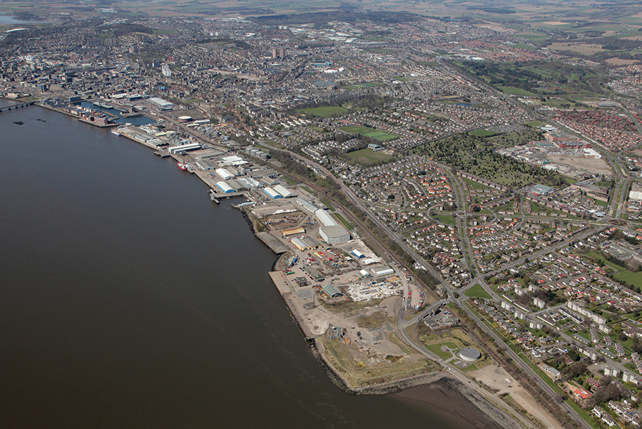 http://fuse.blue2.co.uk/forthandtaydecommisioning/wp-content/uploads/sites/62/2015/11/Dundee-Aerial-File-No-11.jpg
